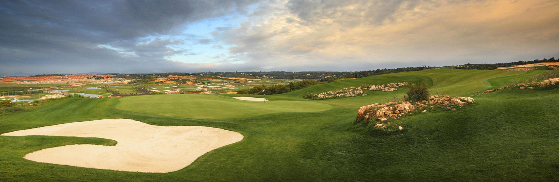 Golf Course Image - Amendoeira Oceãnico Faldo Course No. 15