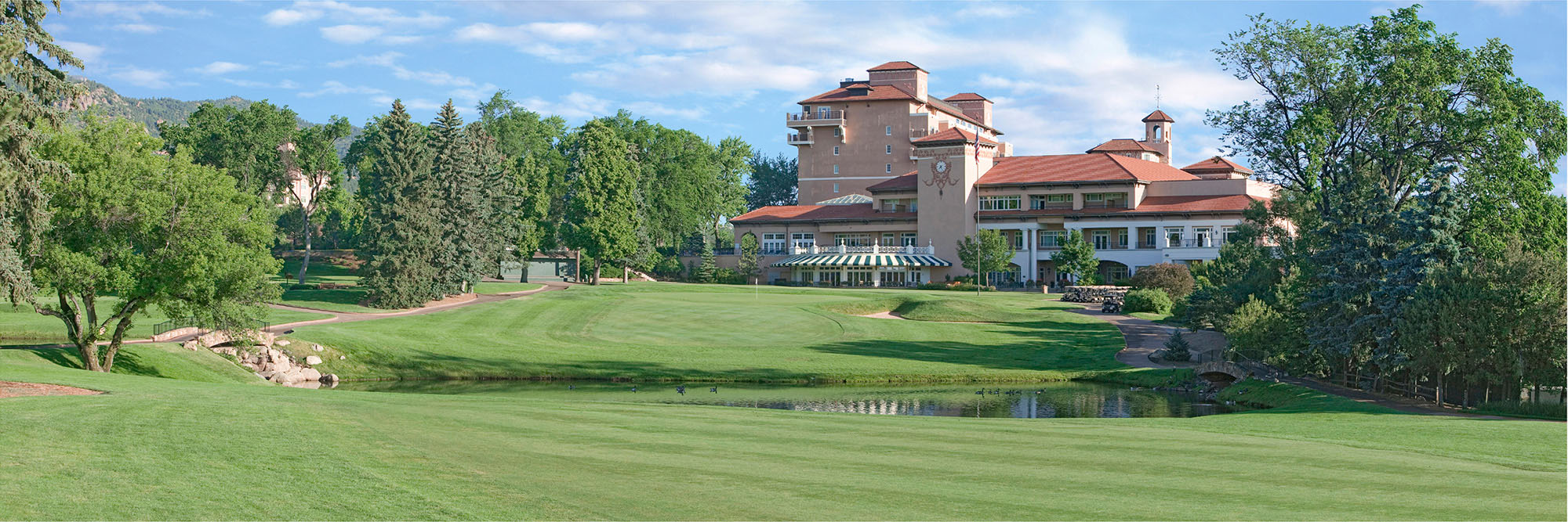 Golf Course Image - Broadmoor East No. 18