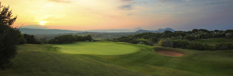 Golf Course Image - Costa Navarino Dunes No. 17