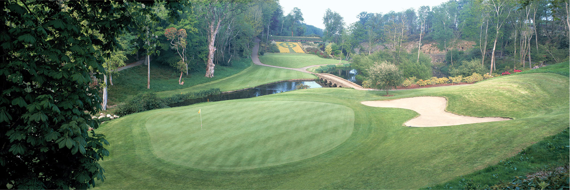 Golf Course Image - Druids Glen No. 12