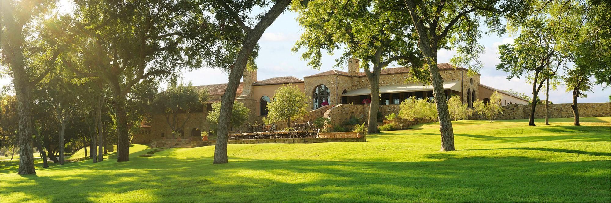 Golf Course Image - Escondido Clubhouse