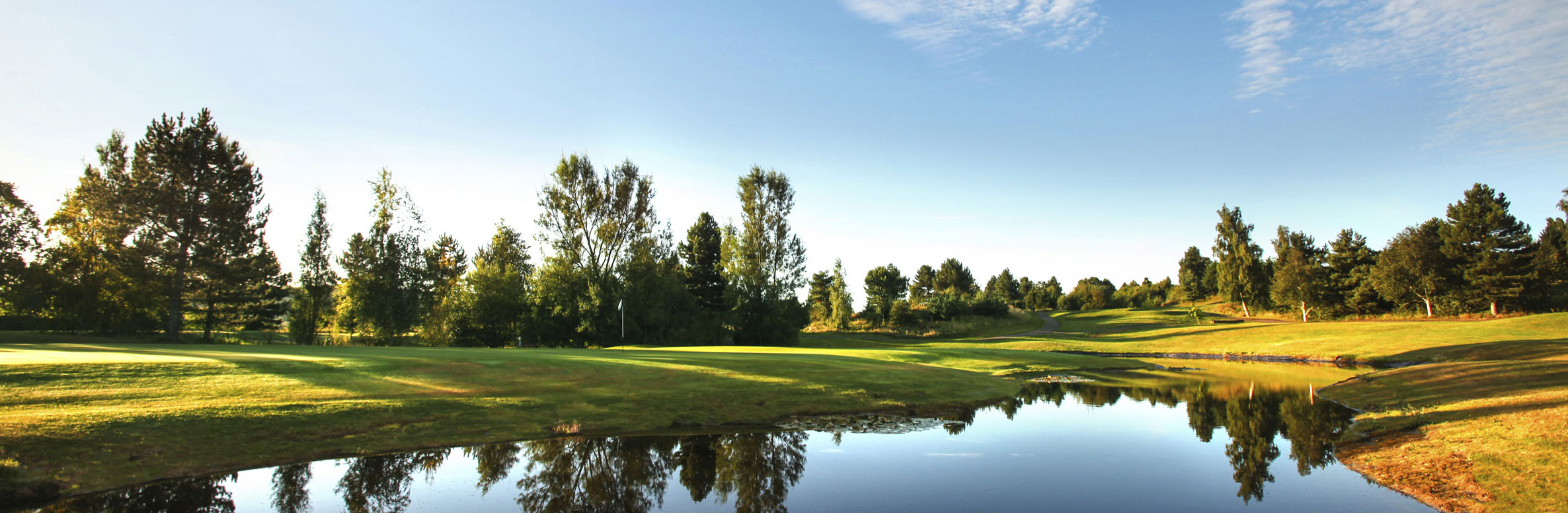 Golf Course Image - Essendon Country Club New Summer No. 8