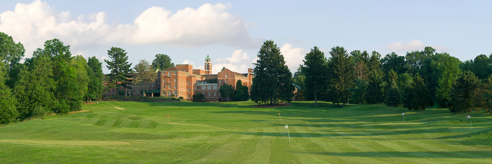 Golf Course Image - Glenmoor Country Club House (back)