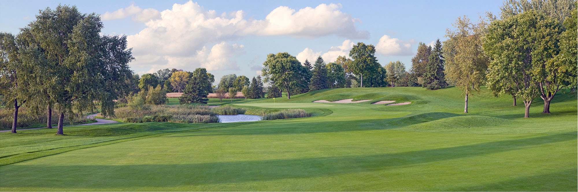 Golf Course Image - Hazeltine National Golf Club No. 7