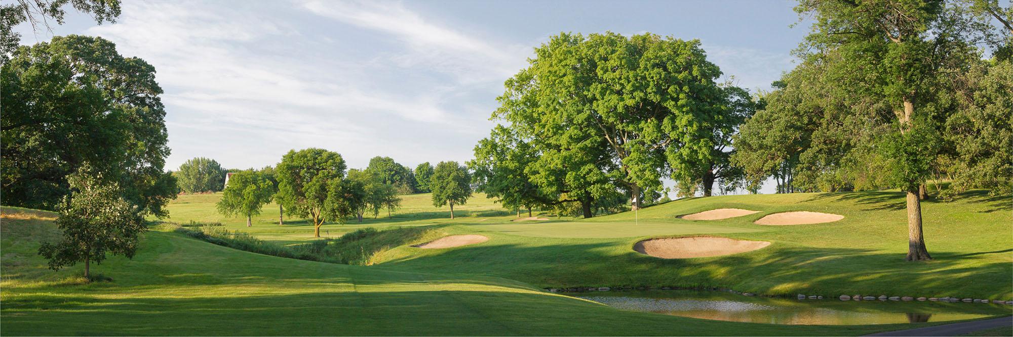 Golf Course Image - Hazeltine No. 17