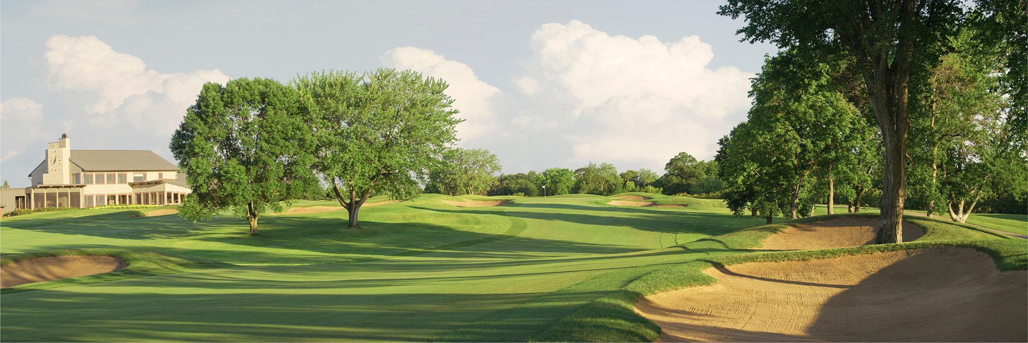 Golf Course Image - Hazeltine No. 18