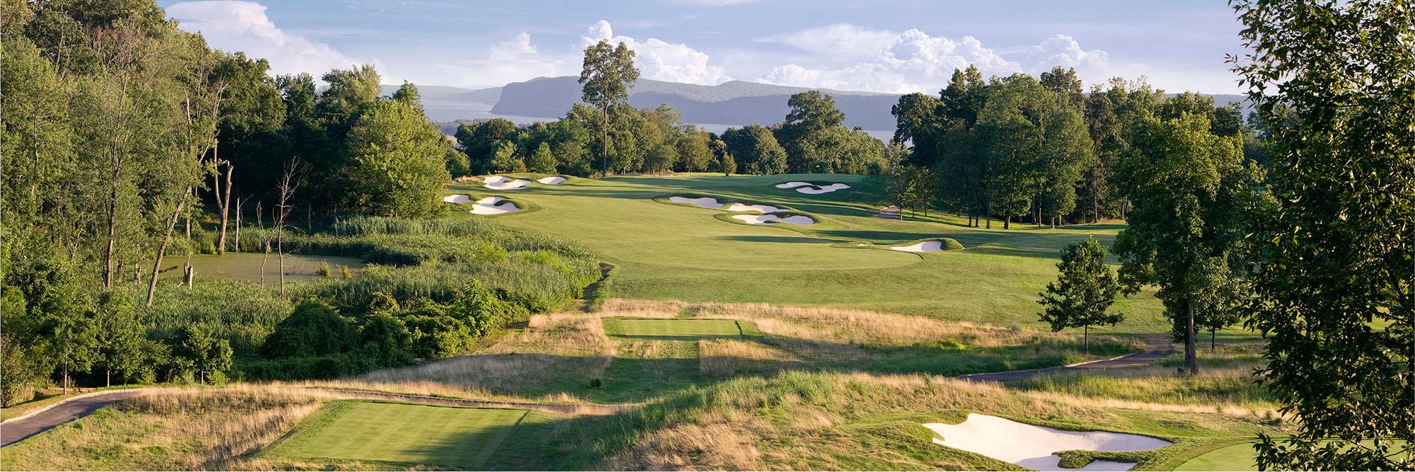 Golf Course Image - Hudson National Golf Club No. 10