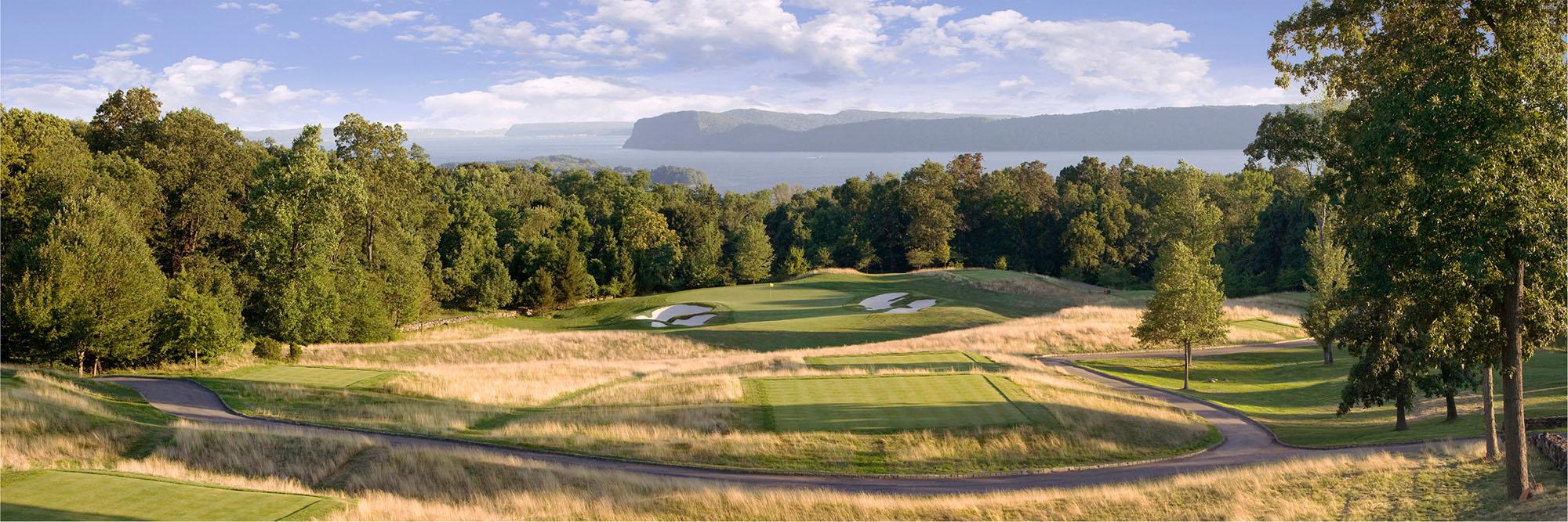 Golf Course Image - Hudson National Golf Club No. 16
