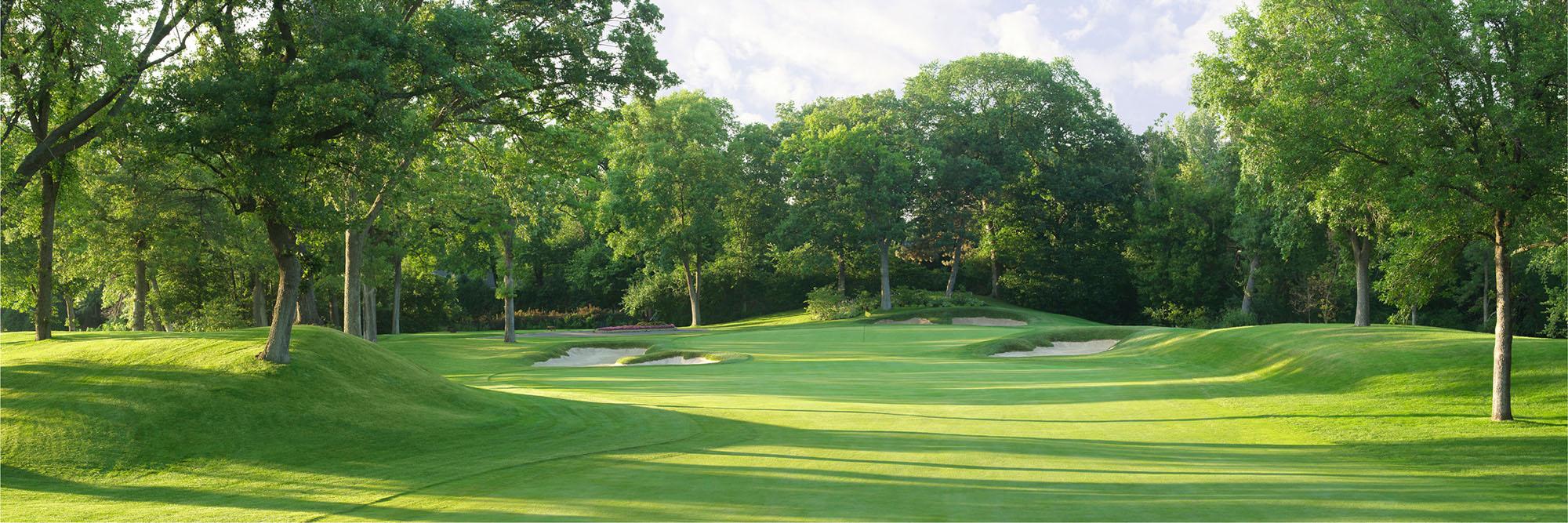 Golf Course Image - Interlachen No. 15