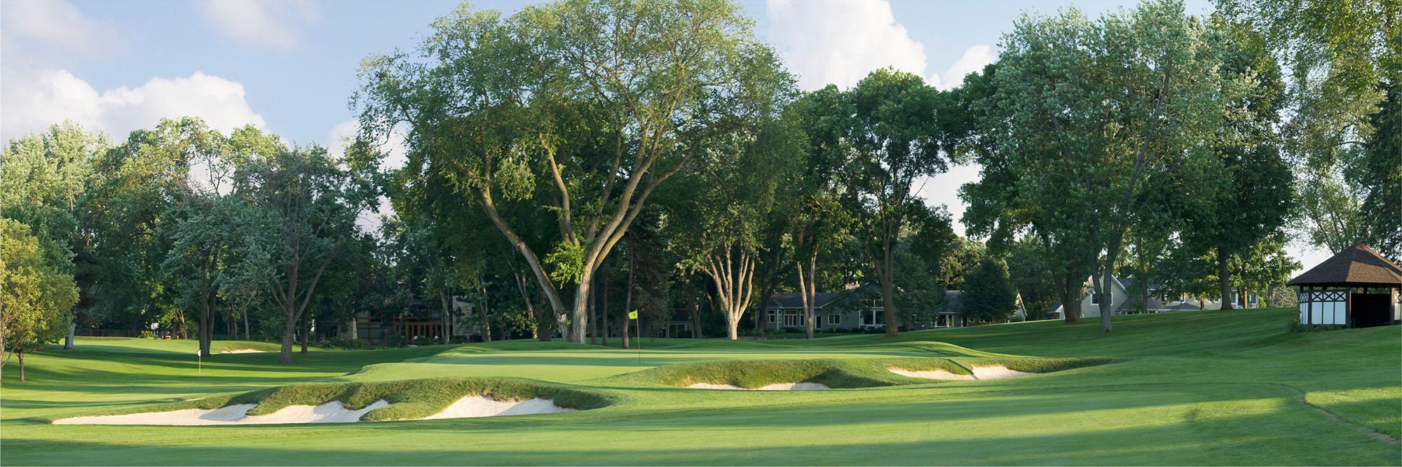 Golf Course Image - Interlachen No. 16