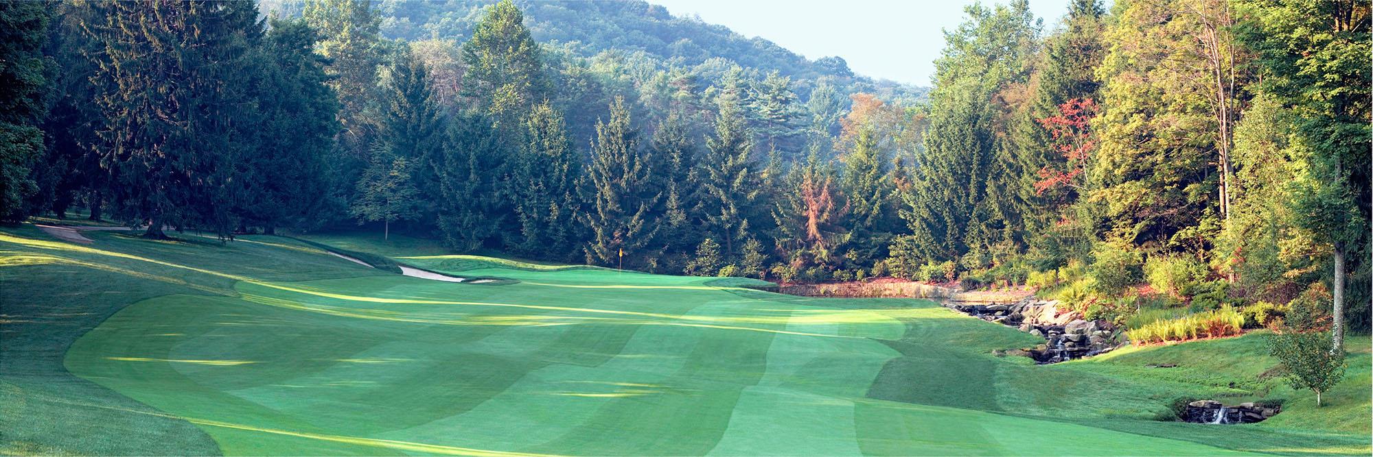 Golf Course Image - Laurel Valley No. 10