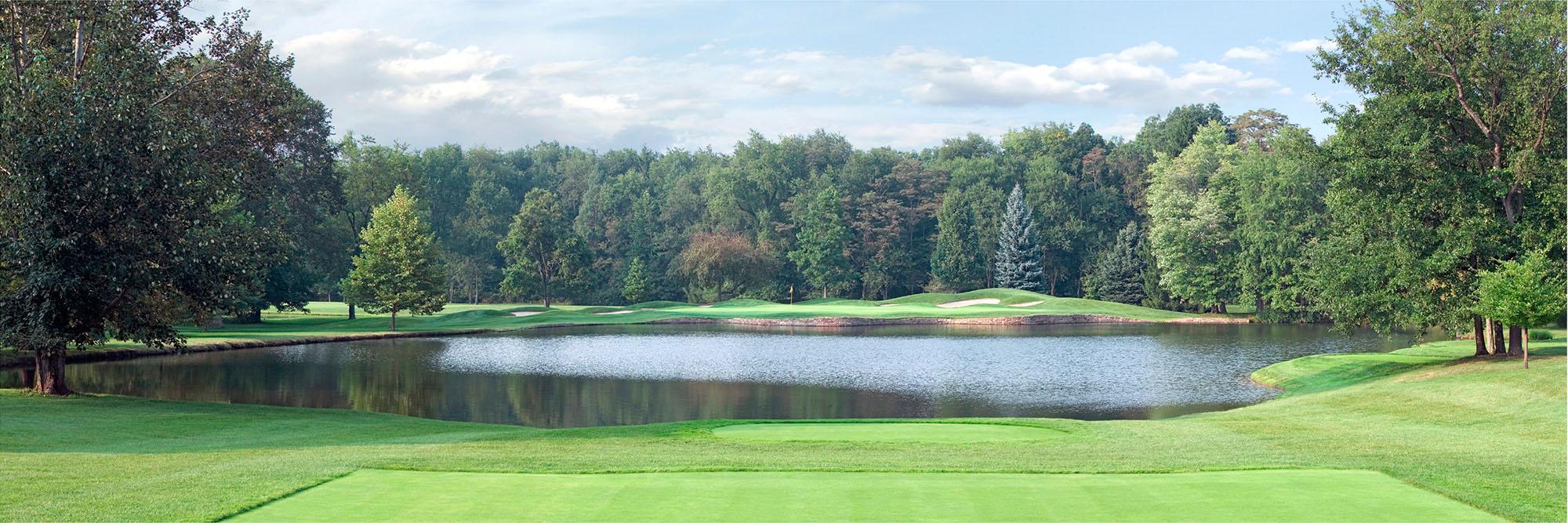 Golf Course Image - Laurel Valley No. 14