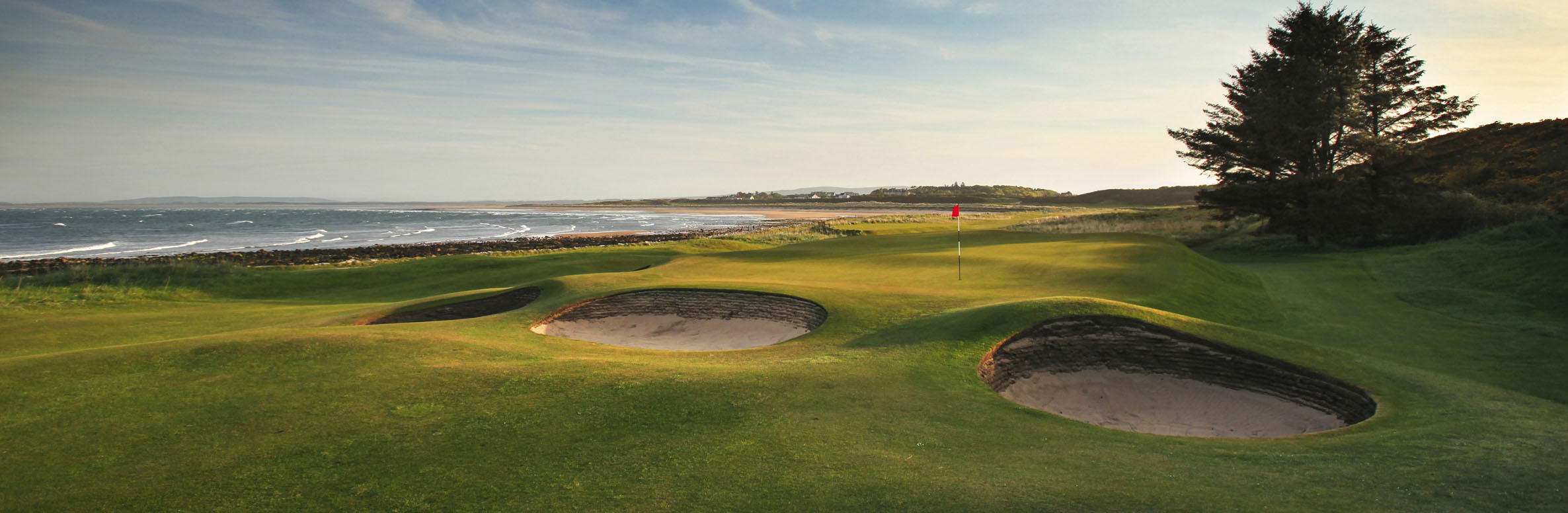 Golf Course Image - Royal Dornoch Golf Club No. 10