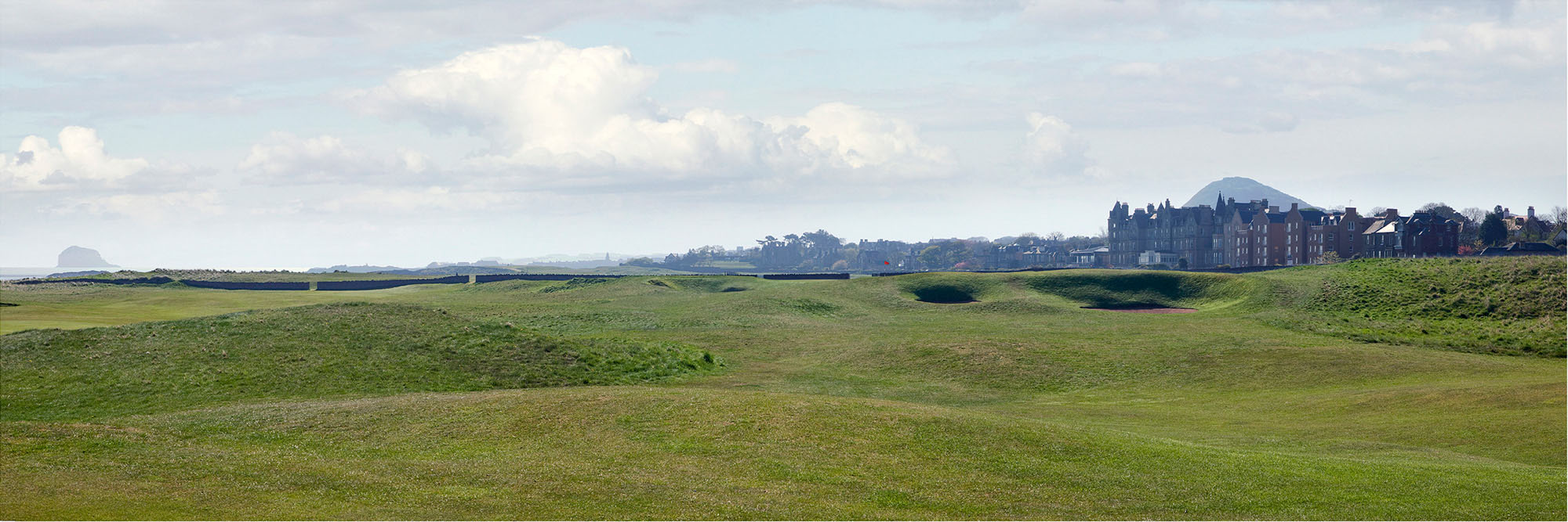 Golf Course Image - North Berwick Golf Club No. 15