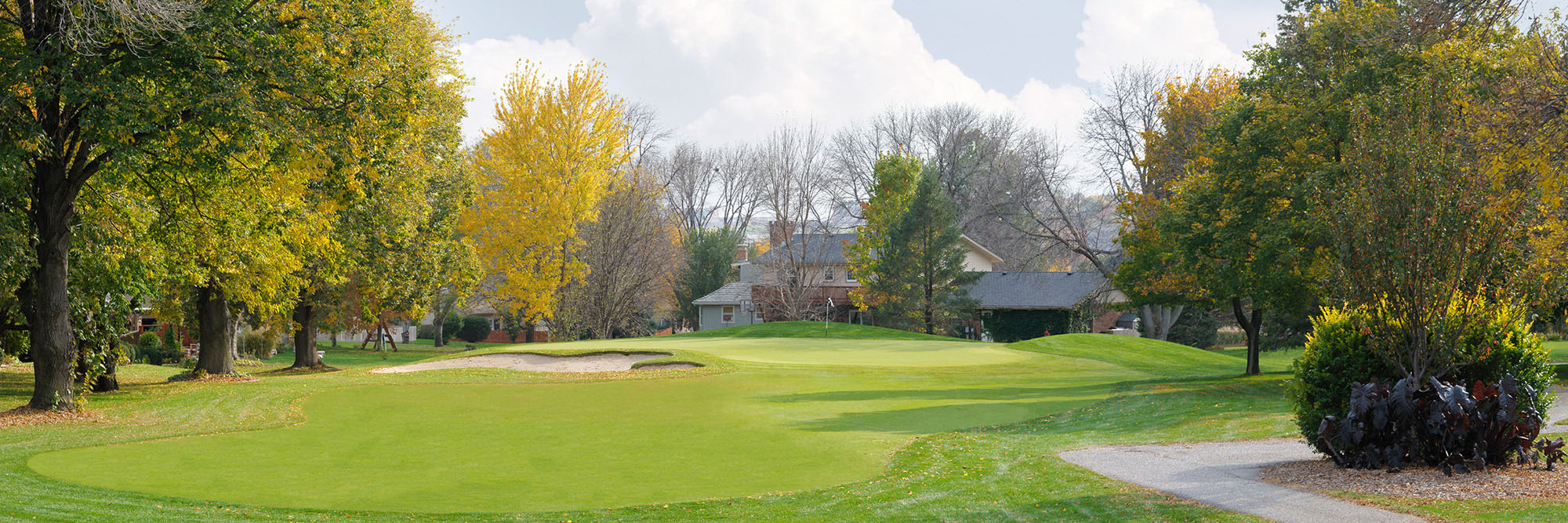Golf Course Image - Oak Hill No. 15