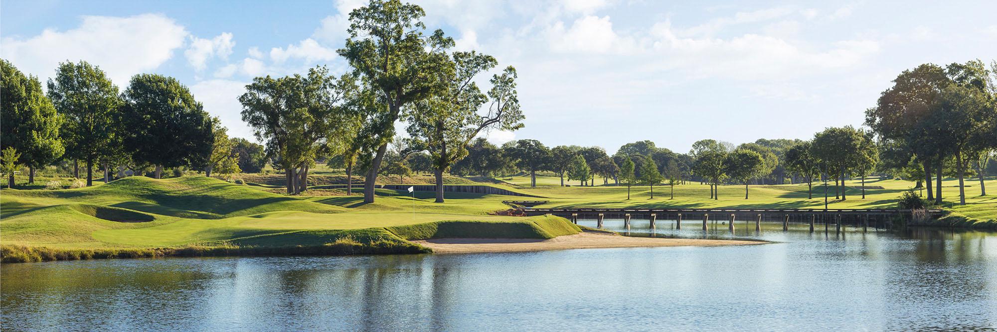 Golf Course Image - Oak Tree National No. 17