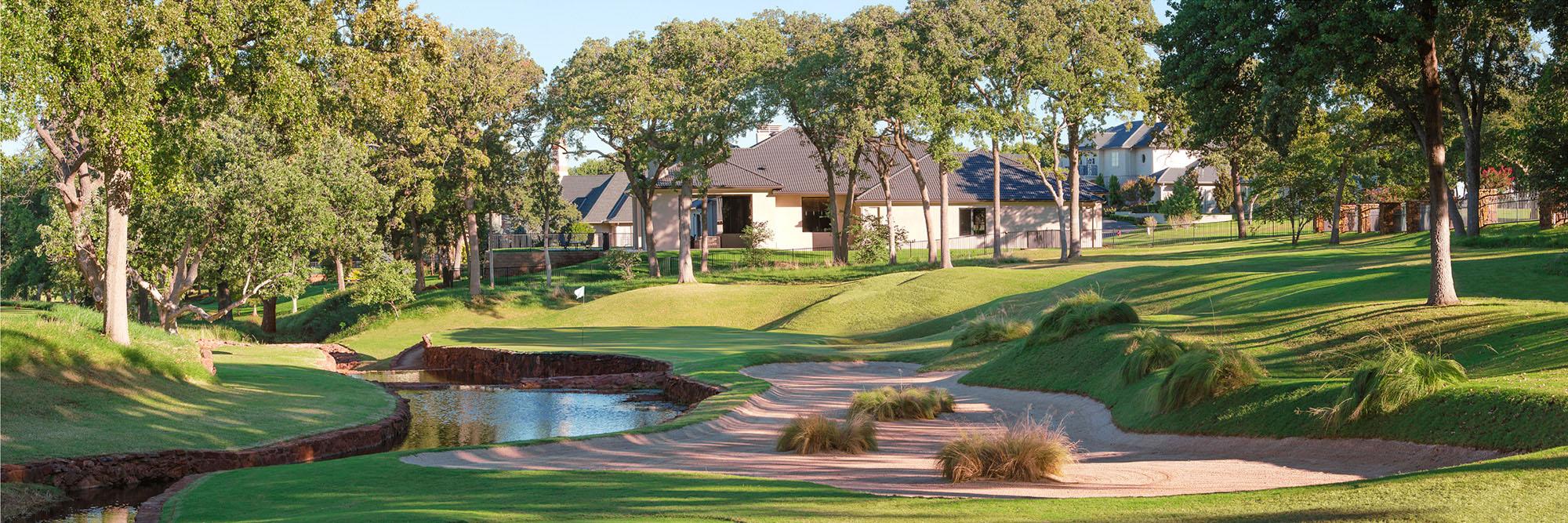 Golf Course Image - Oak Tree National No. 13