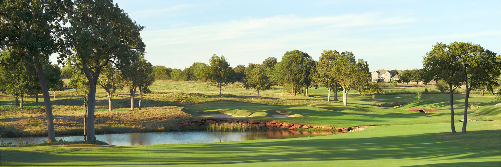 Golf Course Image - Oak Tree National No. 1