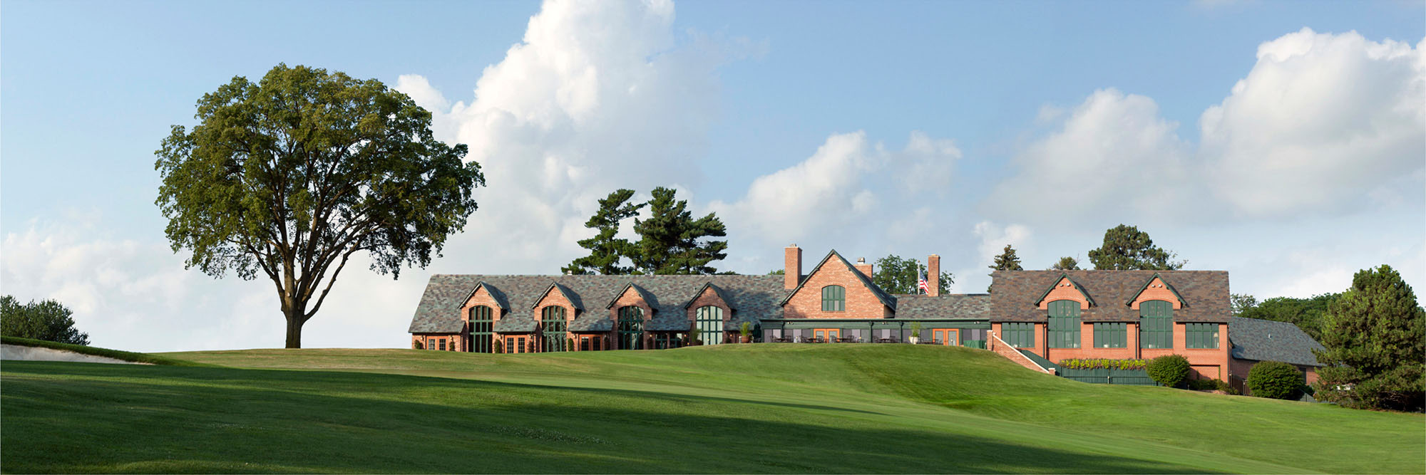 Golf Course Image - Omaha Country Club Clubhouse