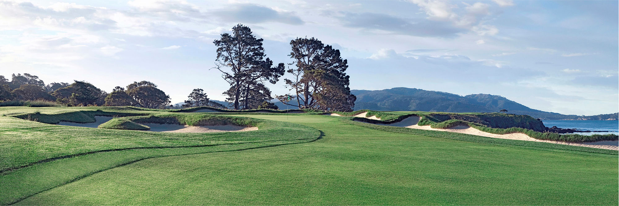 Golf Course Image - Pebble Beach No. 4