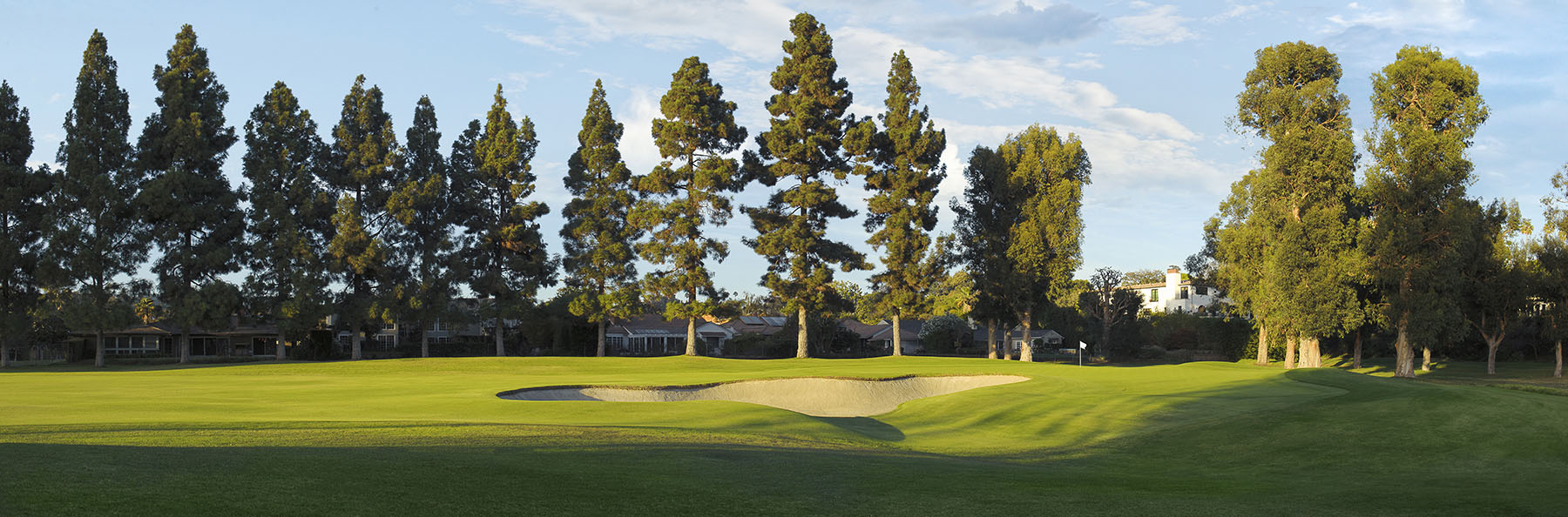 Golf Course Image - Riviera Country Club No. 1