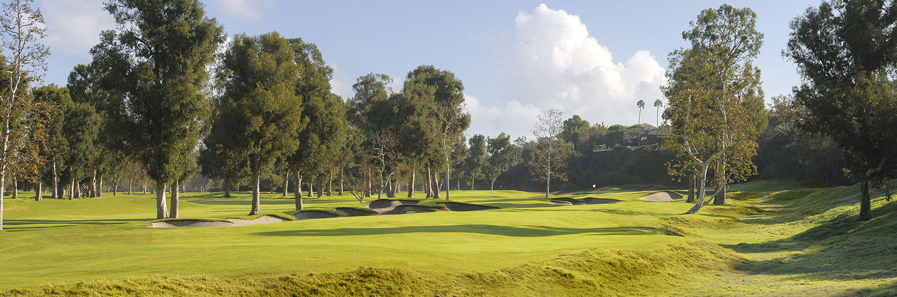 Golf Course Image - Riviera Country Club No. 7