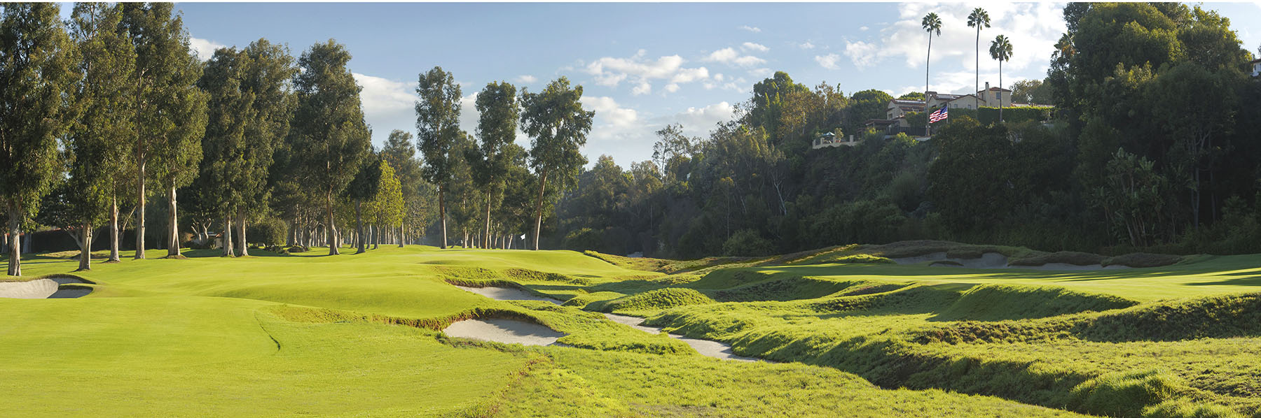 Golf Course Image - Riviera Country Club No. 8