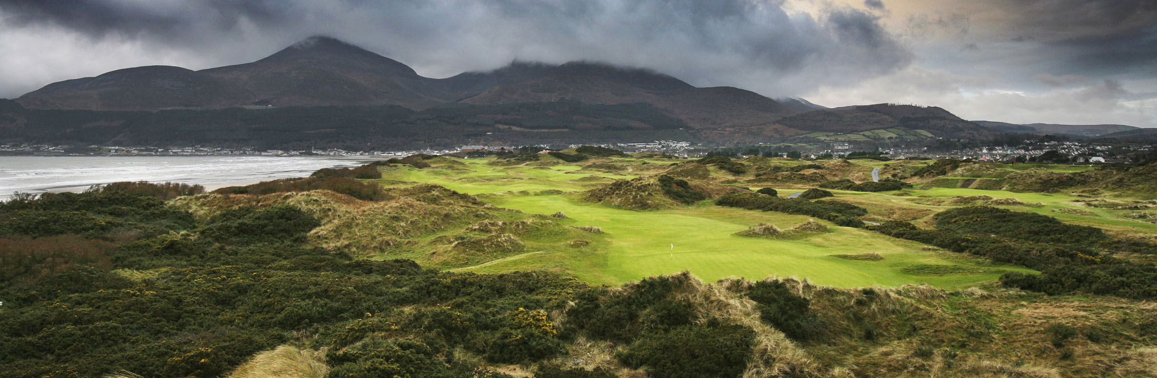 Golf Course Image - Royal County Down Golf Club Annesley No. 4
