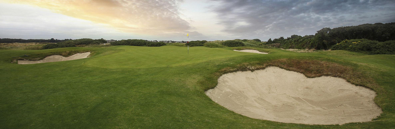 Golf Course Image - Royal Dublin Golf Club No. 9