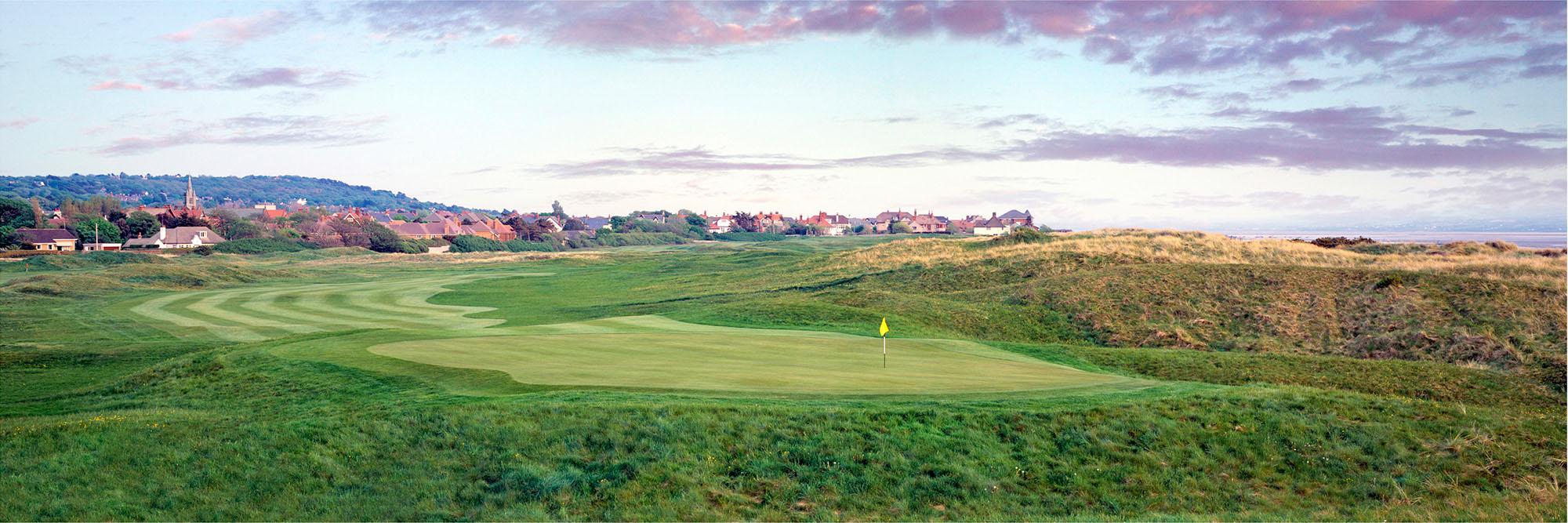 Golf Course Image - Royal Liverpool No. 10