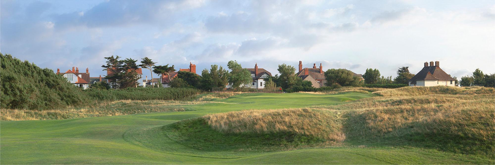 Golf Course Image - Royal Liverpool No.8