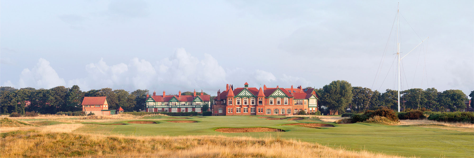 Golf Course Image - Royal Lytham and St. Anne's No. 18