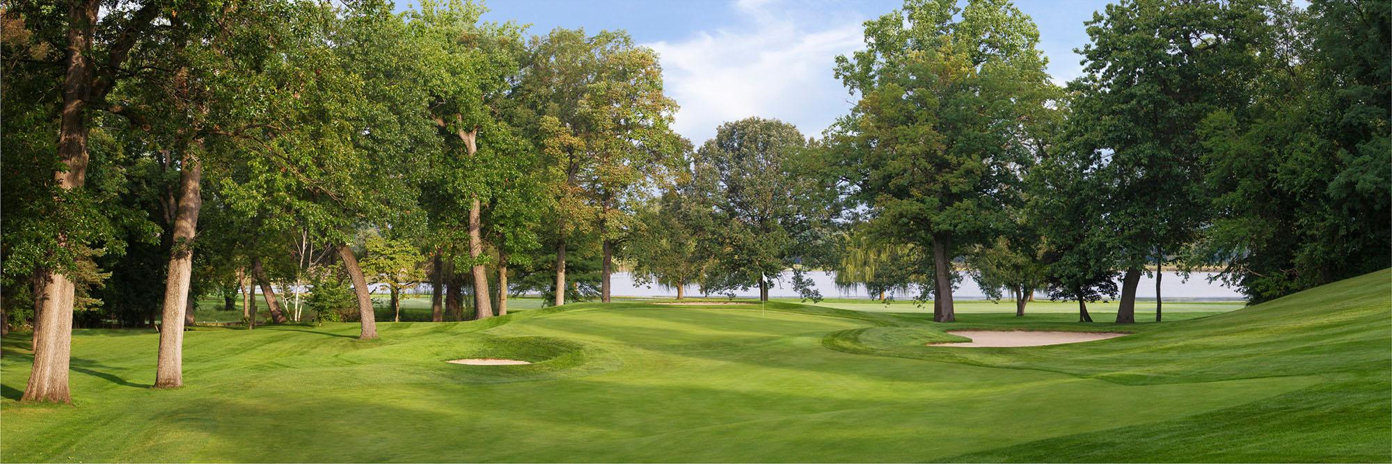 Golf Course Image - South Bend No. 10