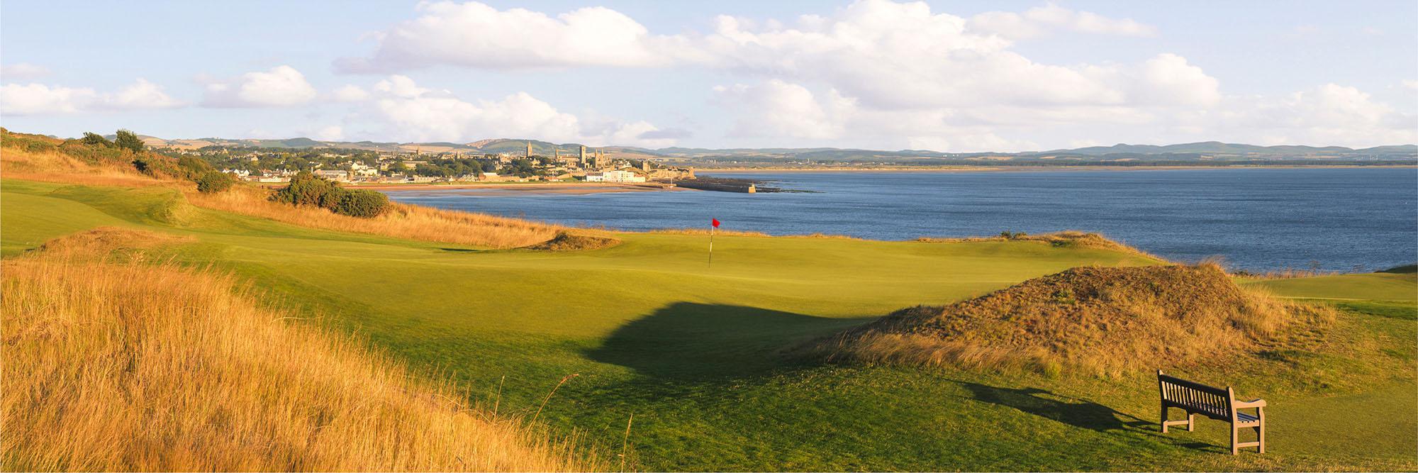 Golf Course Image - St Andrews Castle No. 7
