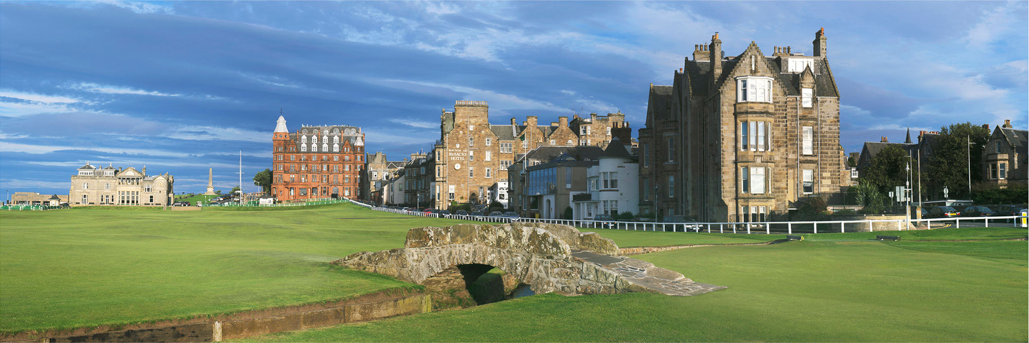 Golf Course Image - St Andrews Swilcan Bridge