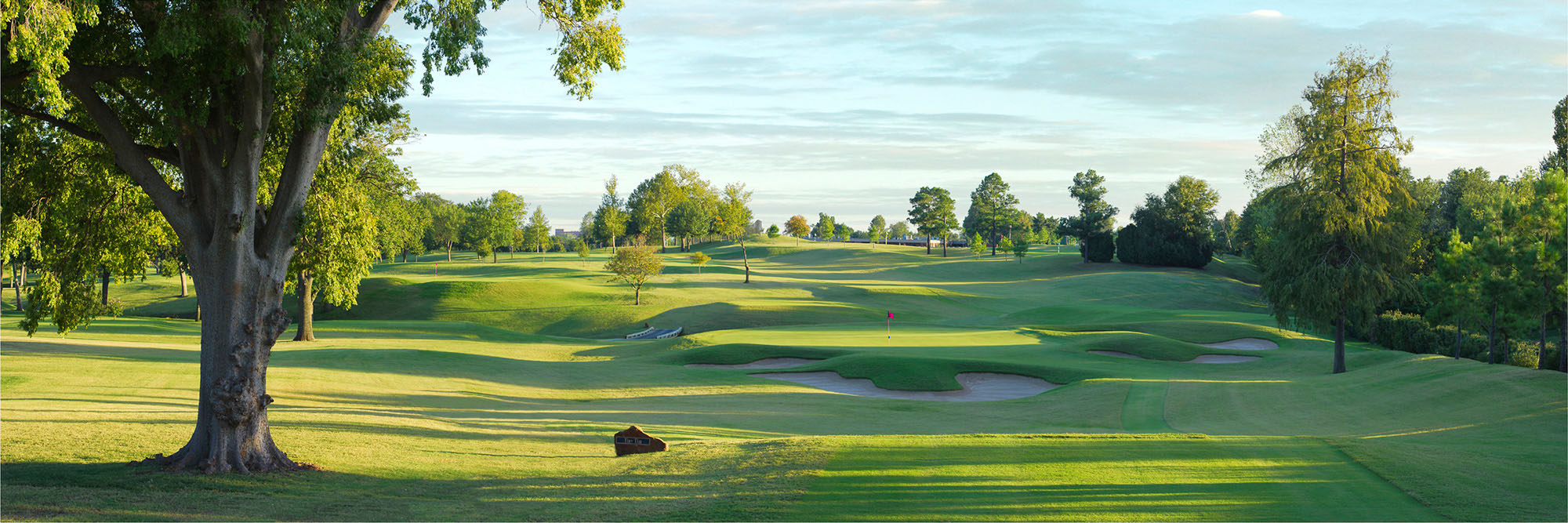 Golf Course Image - Tulsa Country Club No. 17
