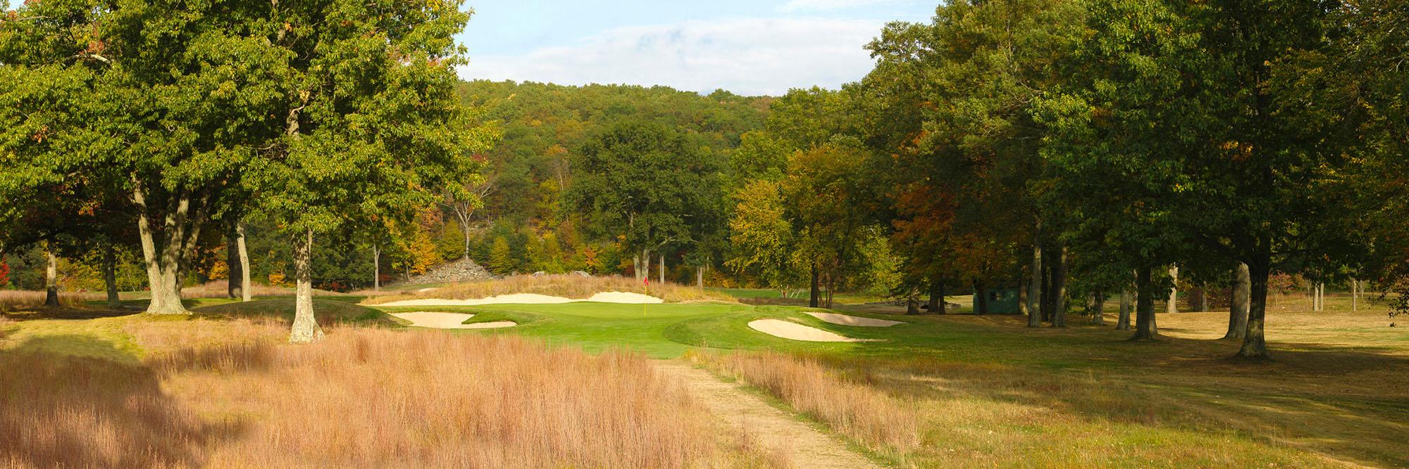 Golf Course Image - The Tuxedo Club No. 15