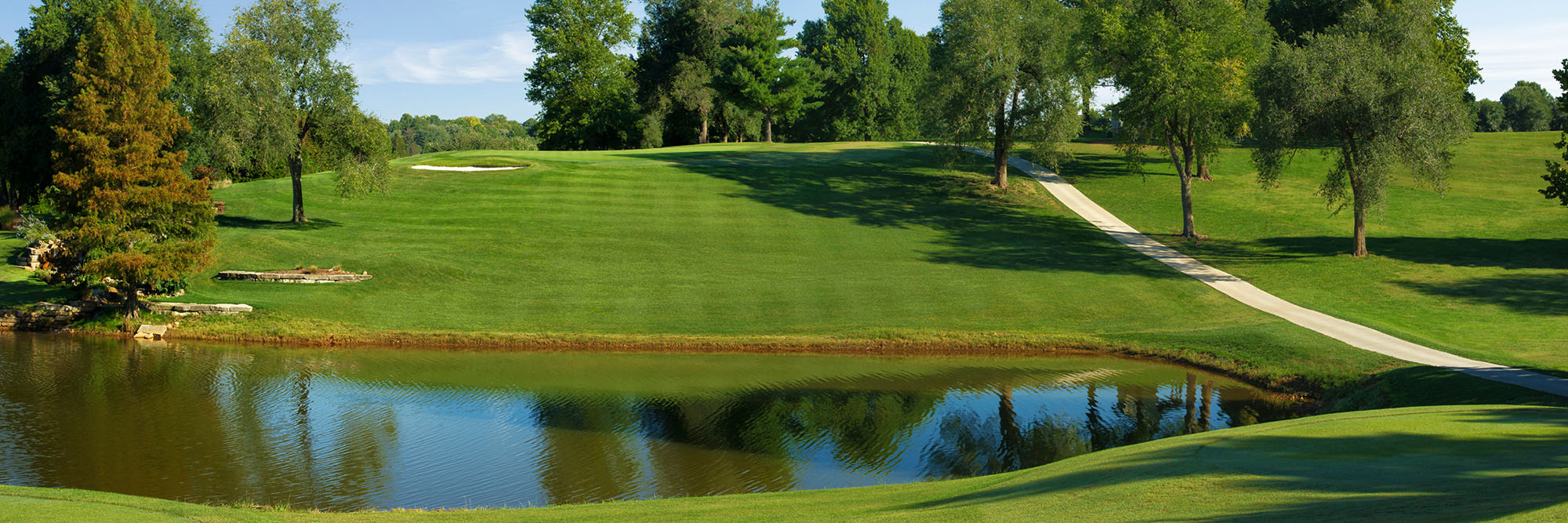 Golf Course Image - Twin Oaks Country Club No. 15 Right