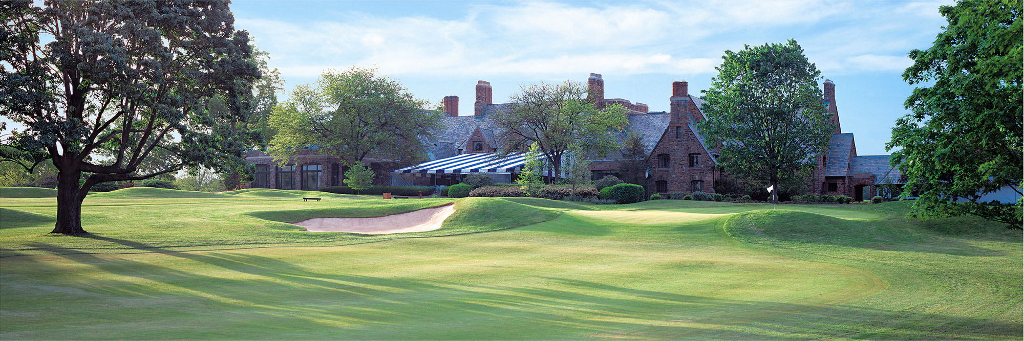 Golf Course Image - Winged Foot West No. 18