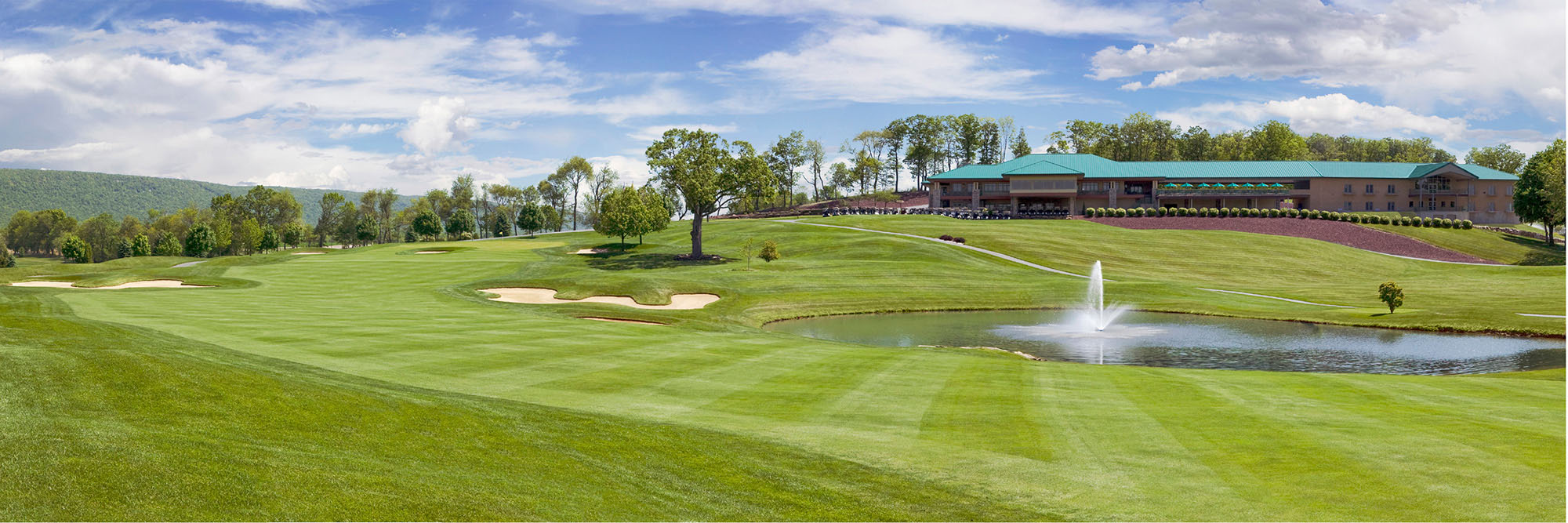 Golf Course Image - Woodstone Country Club No. 18